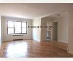 West Village/ STUDIO/ 24 Hour DOORMAN/ Laundry/ Courtyard/ PRIME WEST VILLAGE LOCATION