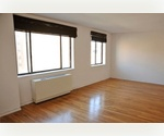 SOHO/ 1 Bed- 1 Bath/ Dinning Alcove/ AC/ Elevator/ Laundry