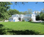BRIDGEHAMPTON SOUTH 5 BEDROOM!