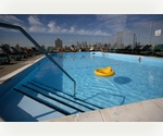 &gt;&gt;1,300 SQ FT&lt;&lt; Gorgeous City/River View ~ Roof Top Pool ~ Full Time Doorman 