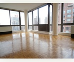 *** Upper East Side*** Corner unit, Floor to ceiling windows, Laundry in unit, Amenities included, Central Park