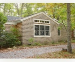 EASTHAMPTON 3 BEDROOM BEACH COTTAGE IN CLEARWATER NEIGHBORHOOD