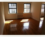Marvelous 1 br. W/Great Natural Light * Mins Of Washington Square Park &amp; Subway Train. Will Not Last. Act Now