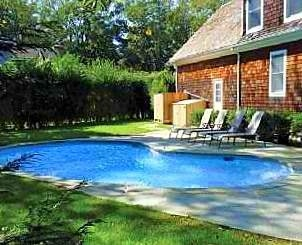 4 BEDROOM, 3.5 BATH VILLAGE HOME, EAST HAMPTON VILLAGE