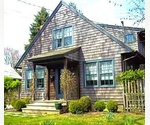SHINGLE STYLE COTTAGE, EAST HAMPTON VILLAGE
