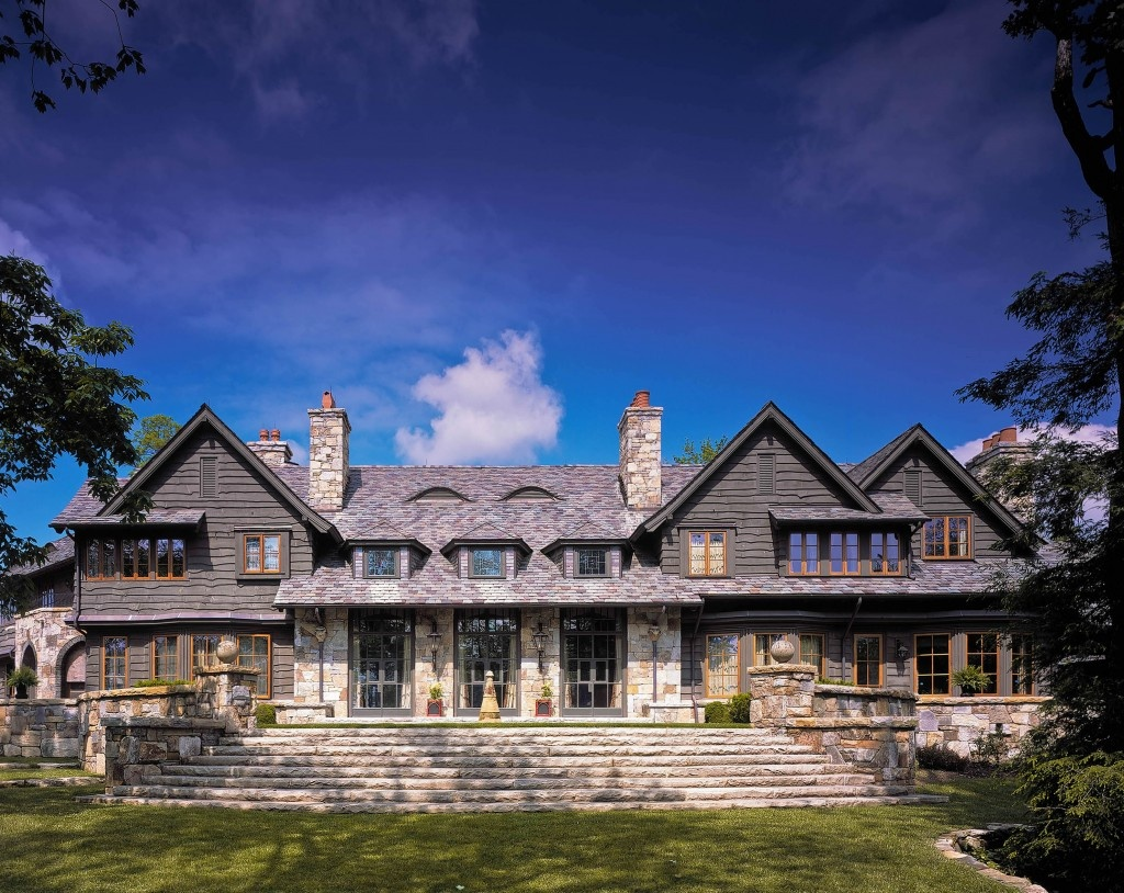 UNIQUE MANOR HOUSE  IN NORTH CAROLINA
