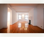 Columbus Circle // Large Bright and Quiet 2 Bed 2 Bath // Pre War Luxury Doorman // Custom Closet Space 