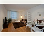 Penn Station Ultra Luxury // Extra Large 1 Bed with Washer-Dryer // Full Service Doorman Building