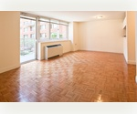 Flatiron-Chelsea Condo Like Large 1 Bed // Sunny and Spacious // Amazing Amenities // Doorman, Roof Deck, Gym